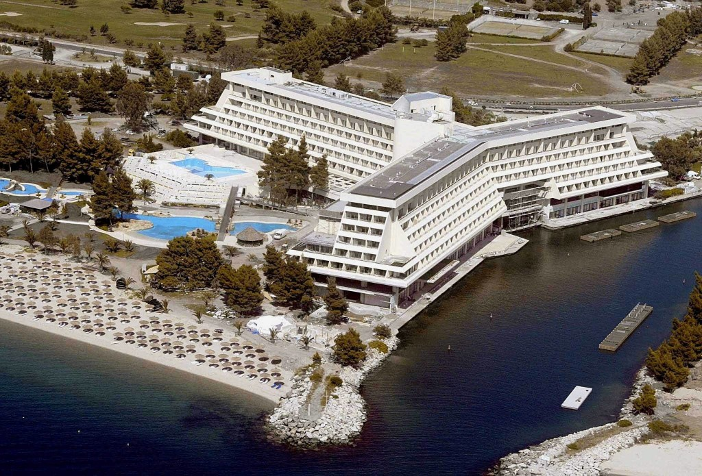 An aerial view Monday 16th June 2003 of the 'Porto Karras' hotels complex, including the 'Meliton' hotel where the European Union summit will take place 19-21 of June, in Chalkidiki peninsula, some 130 km north-east of Thessaloniki. Mass protests are expected in and around Thessaloniki, Neos Marmaras and the Chalkidiki peninsula as well as in Athens and other parts of the country for the duration of the summit. GREECE OUT EPA-PHOTO/EPA/FANI TRIPSANI