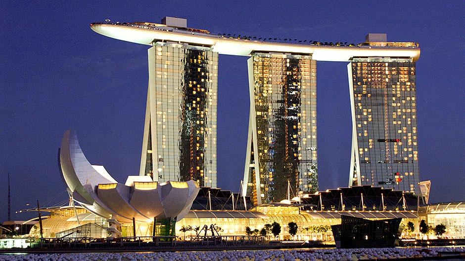 singapore-marina-bay-sands-casino-hotel